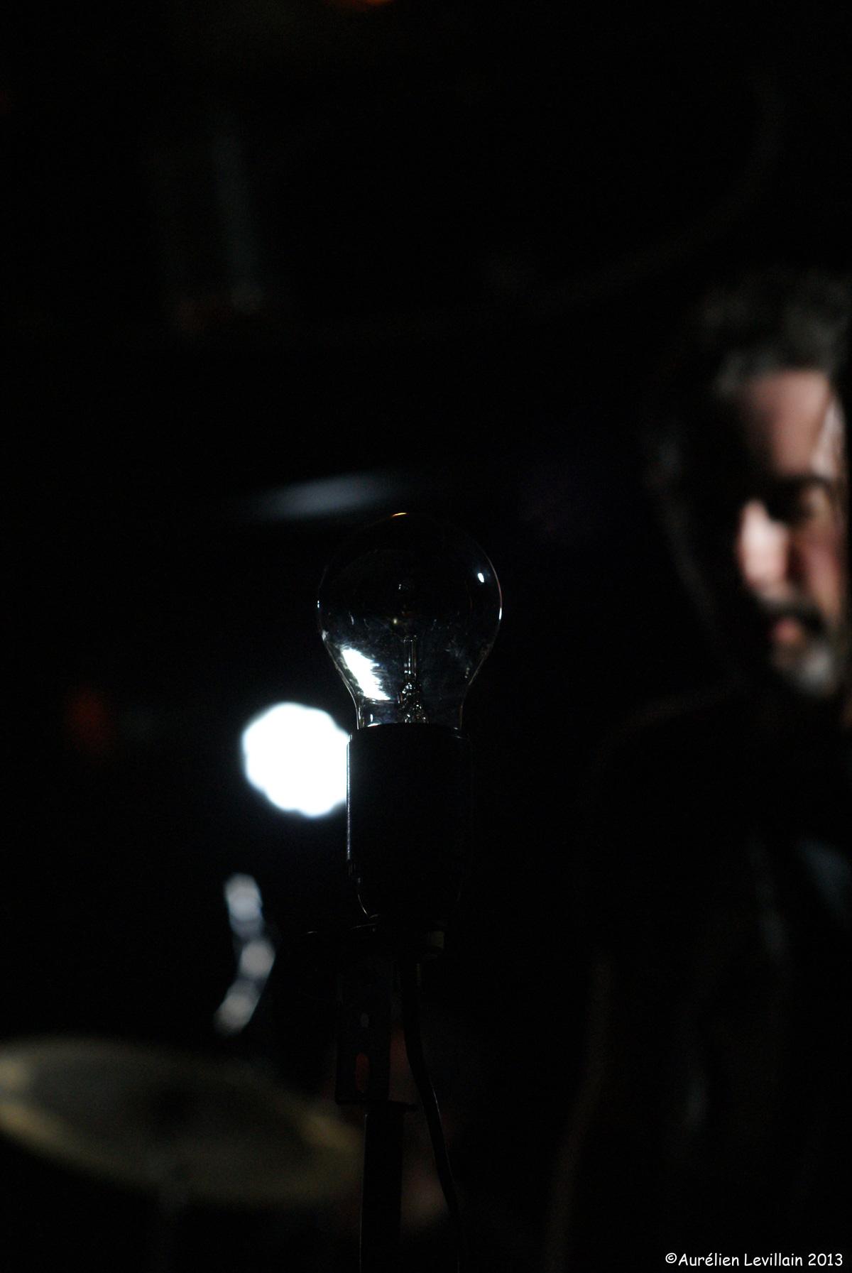 Live @ Petite Entreprise. Photo: Julien Bricage